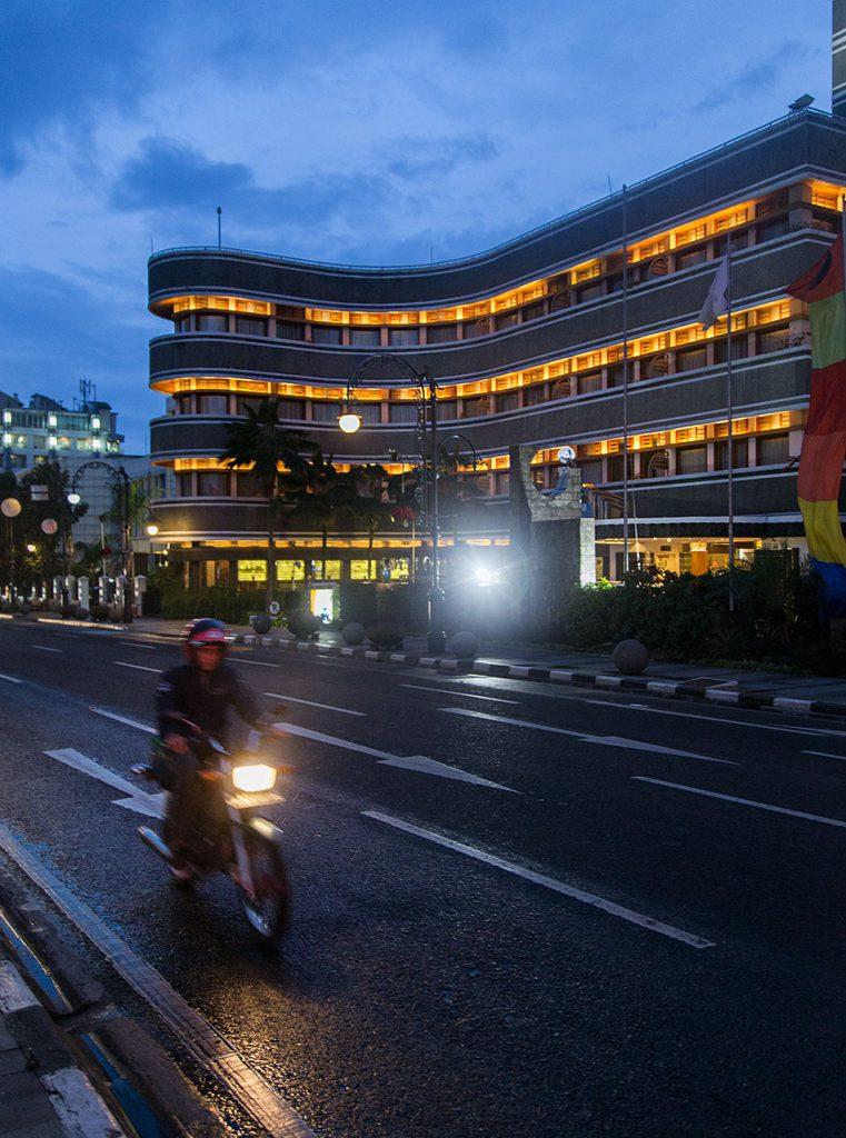 Fabian Fröhlich, Java, Bandung, Jalan Asia Afrika, Savoy Homann Bidikara Hotel