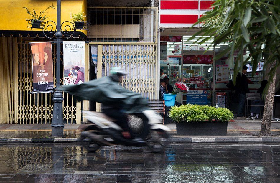 Fabian Fröhlich, Java, Bandung, Jalan Braga