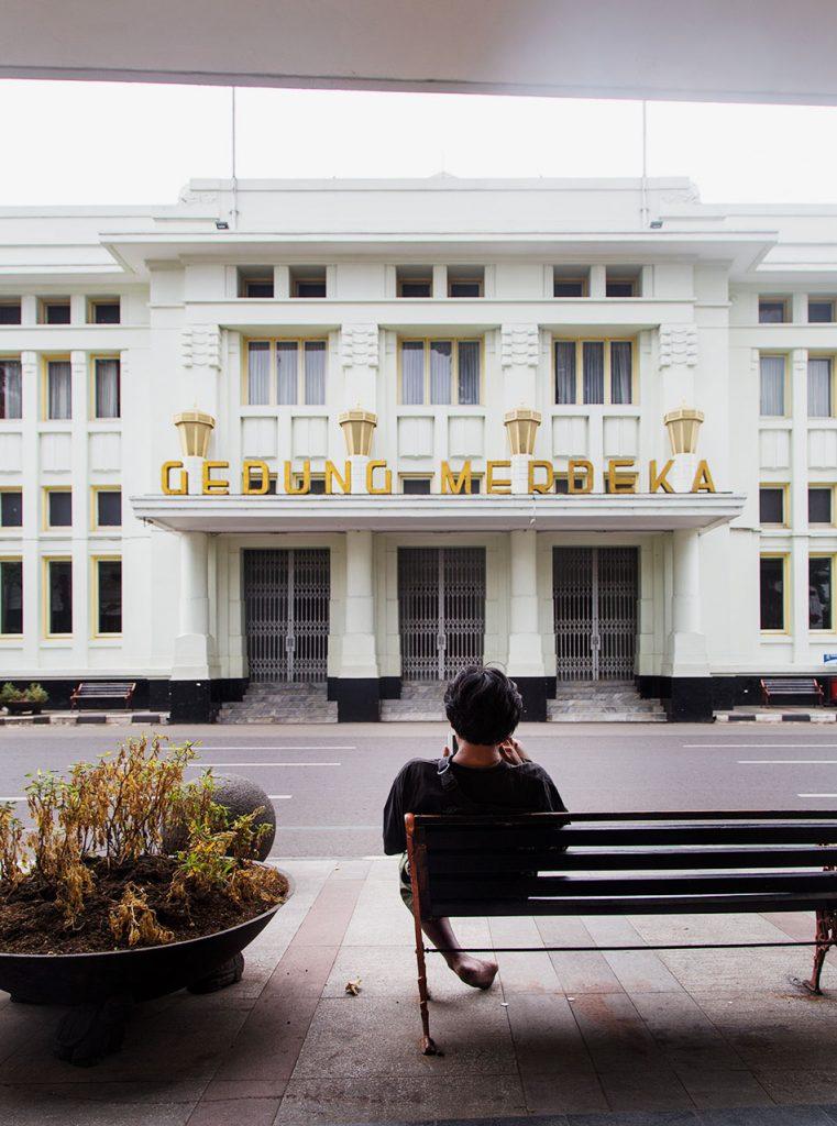 Fabian Fröhlich, Java, Bandung, Gedung Merdeka