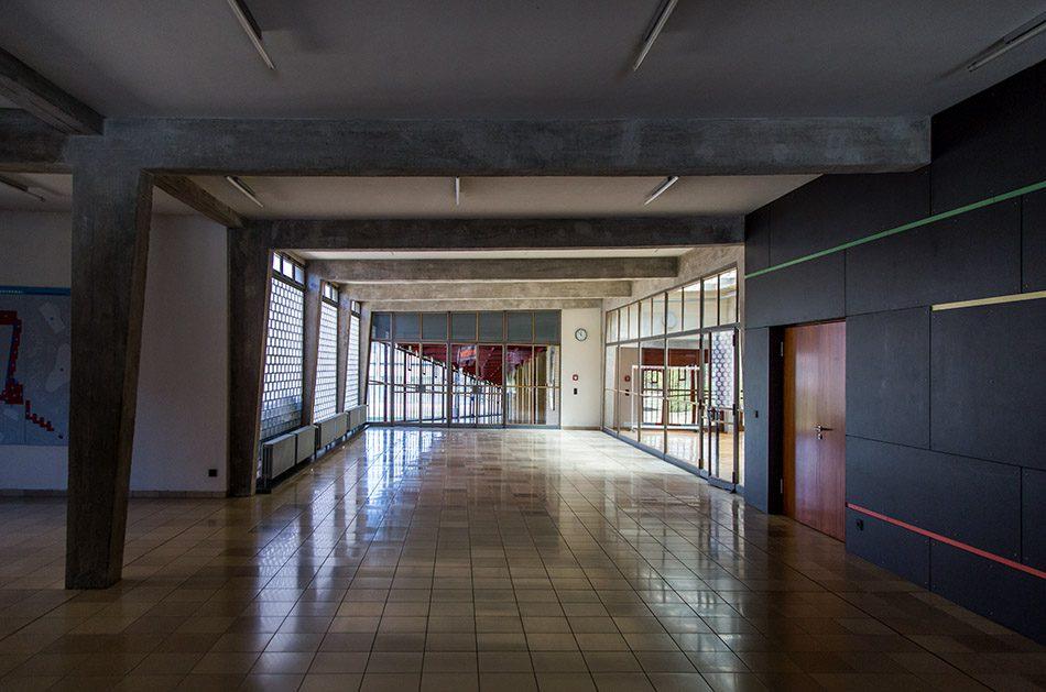 Fabian Fröhlich, Bauhaus-Denkmal Bundesschule Bernau, Foyer