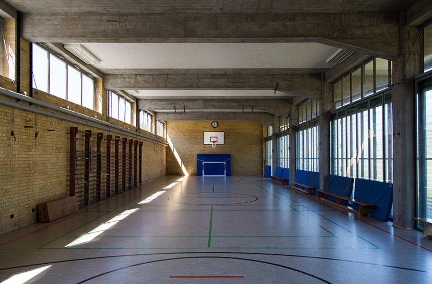 Fabian Fröhlich, Bauhaus-Denkmal Bundesschule Bernau, Turnhalle