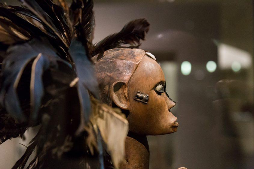 Fabian Fröhlich: Unvergleichlich: Kunst aus Afrika im Bode-Museum, Reliquiarfigur (byeri), Fang, Ngumba (Kamerun)