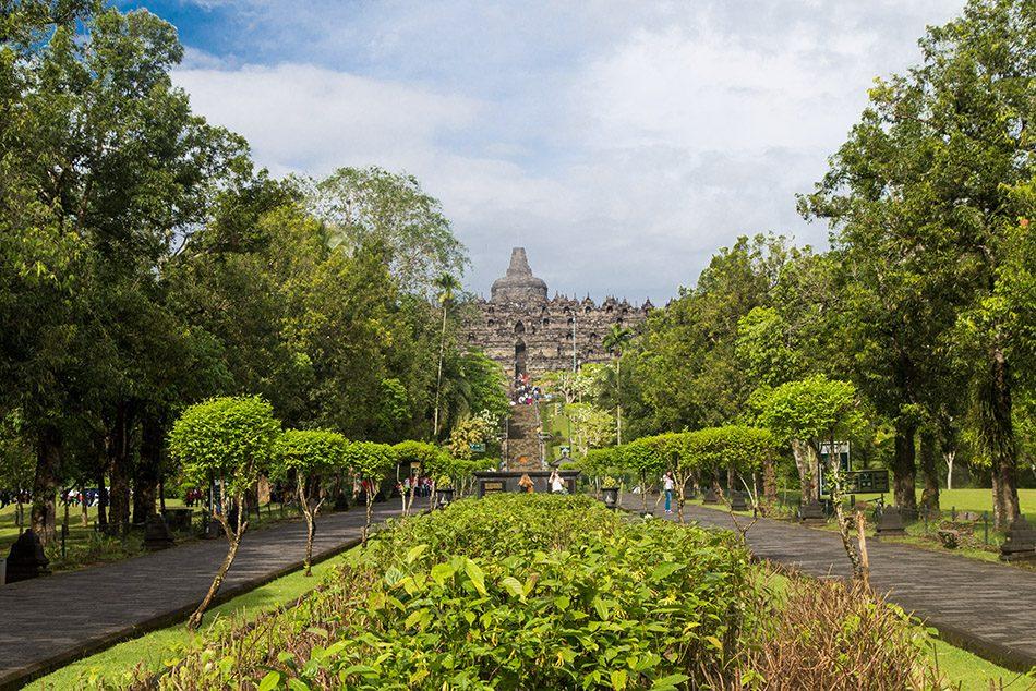 Fabian Fröhlich, Borobudur Temple, East side