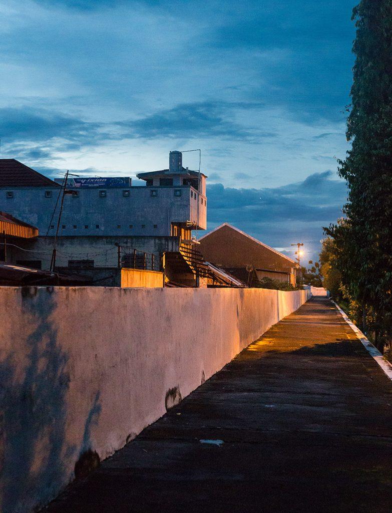 Fabian Fröhlich, Jogja, ꦔꦪꦺꦴꦒꦾꦏꦂꦠ, Outer defense wall of the Kraton
