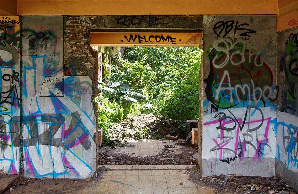 Fabian Fröhlich, Jogja, ꦔꦪꦺꦴꦒꦾꦏꦂꦠ, Abandoned House