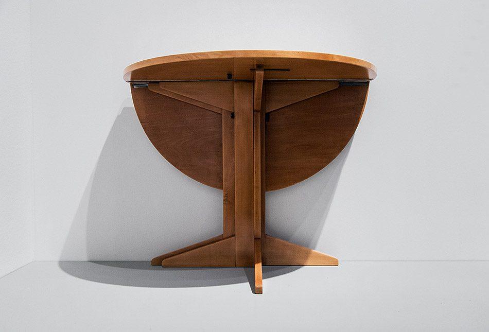 Fabian Fröhlich, Berlinische Galerie, Ausstellung original bauhaus, Gustav Hassenpflug, Runder Klapptisch