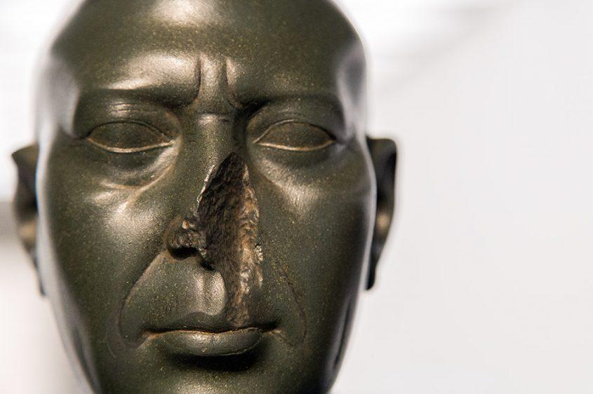 Ausstellung Nah, am Leben, 200 Jahre Gipsformerei, James-Simon-Galerie, Grüner Kopf