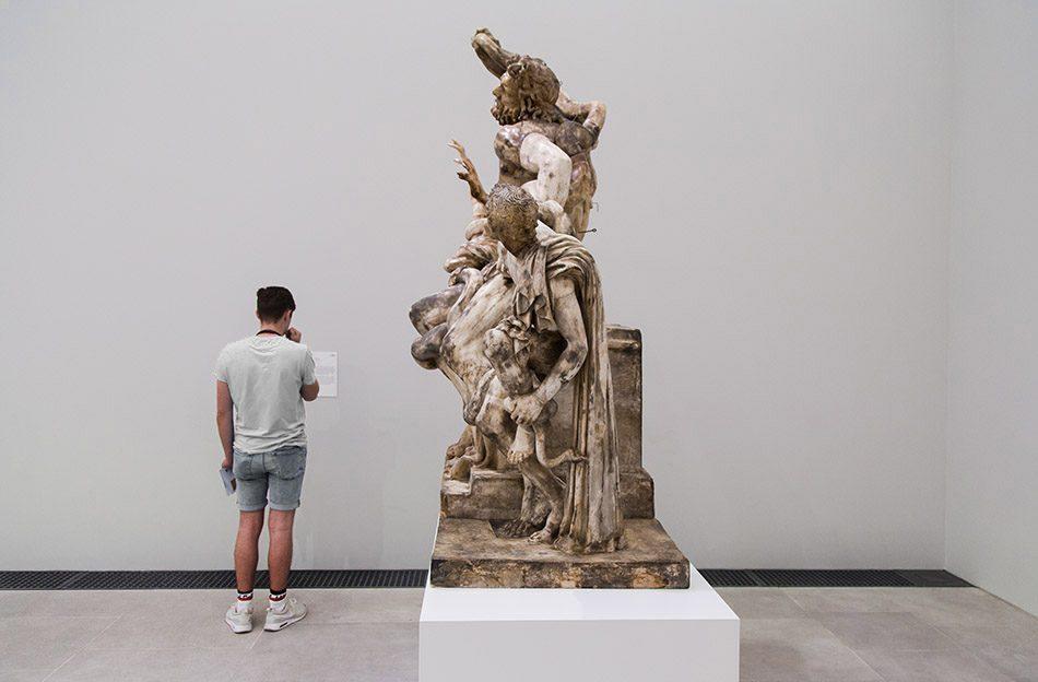 Ausstellung Nah, am Leben, 200 Jahre Gipsformerei, James-Simon-Galerie, Gipsabguss der Laokoon-Gruppe