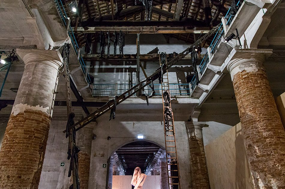 Fabian Fröhlich, Biennale di Venezia 2019, Arsenale, Alexandra Bircken, ESKALATION