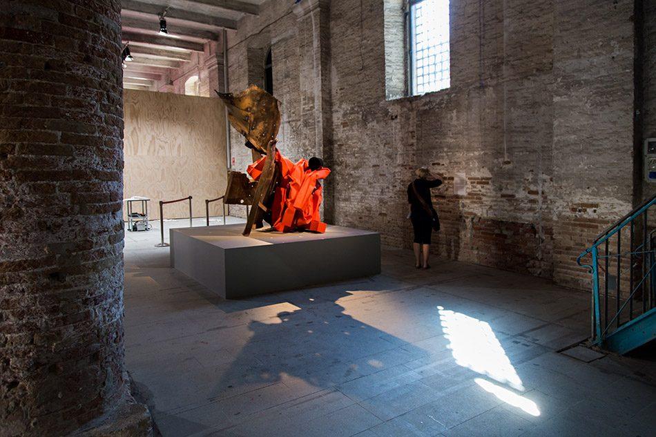 Fabian Fröhlich, Biennale di Venezia 2019, Arsenale, Carol Bove, Ariel