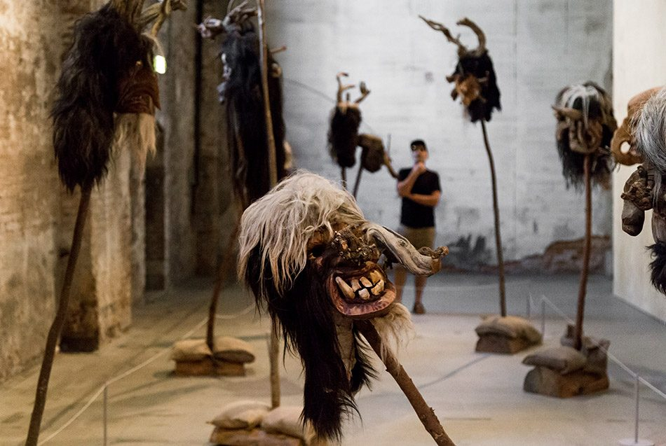 Fabian Fröhlich, Biennale di Venezia 2019, Arsenale,, Cameron Jamie, Smiling Disease