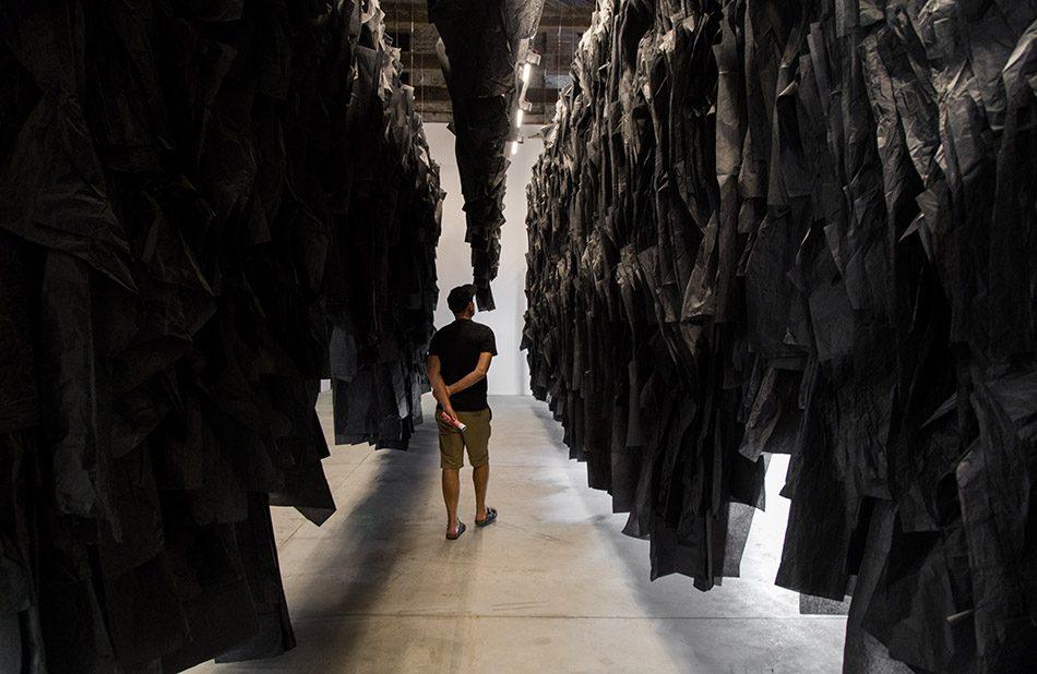 Fabian Fröhlich, Biennale di Venezia 2019, Arsenale, Pavilion, Joël Andrianomearisoa, I have forgotten the night