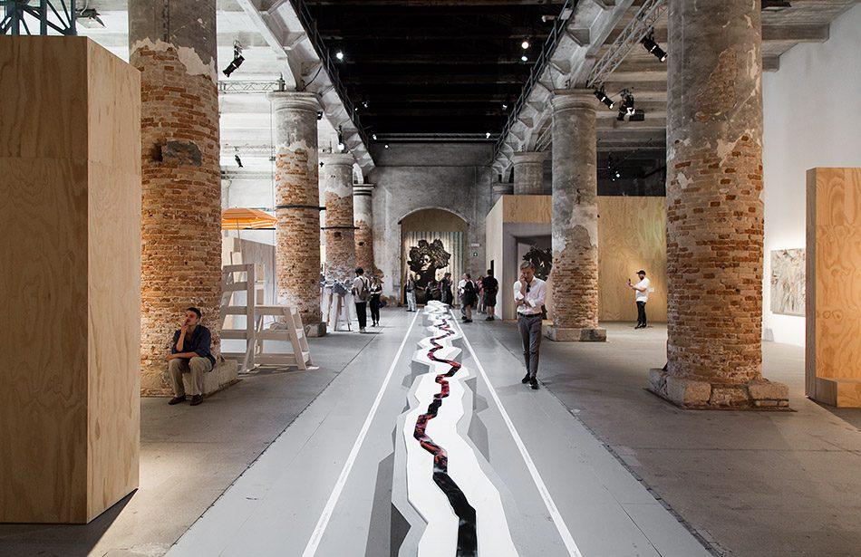 Fabian Fröhlich, Biennale di Venezia 2019, Arsenale, Otobong Nkanga, Veins Aligned