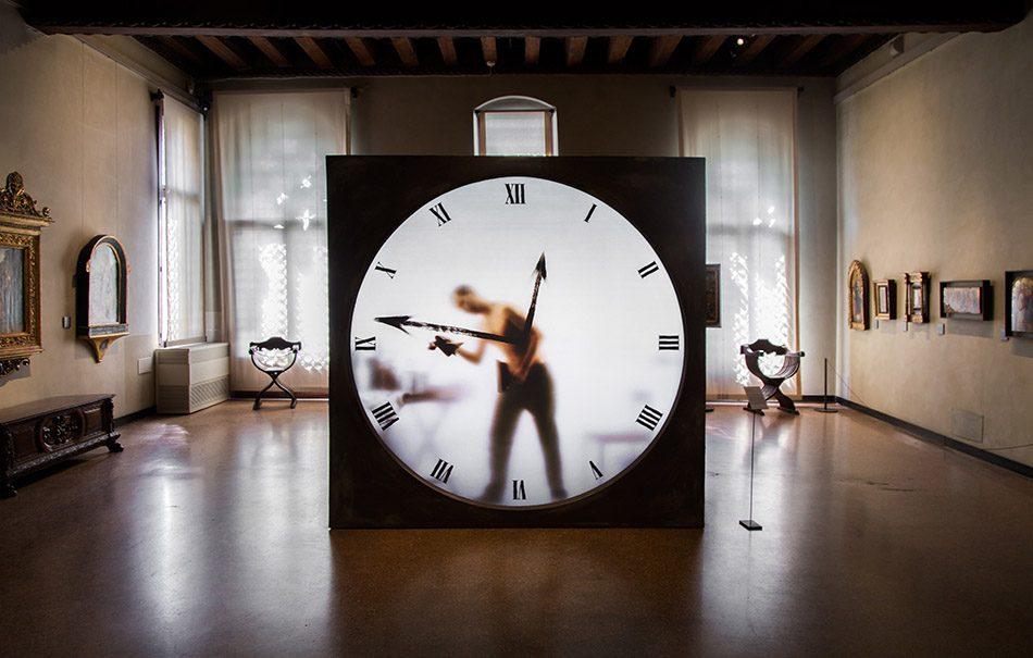 Venedig, Exhibition Dysfunctional, Galleria Giorgio Franchetti alla Ca' d'Oro, Galleria Giorgio Franchetti alla Ca' d'Oro, Maarten Baas, Real Time XL The Artist by Maarten Baas