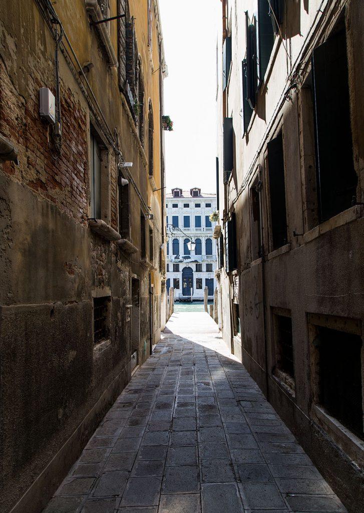 Fabian Fröhlich, Venedig, Calle Traghetto