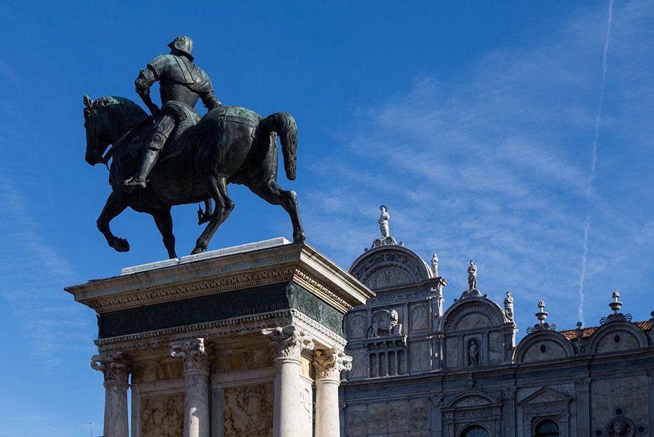 Fabian Fröhlich, Venedig, Campo Santi Giovanni e Paolo (Andrea del Verrocchio, statue of Bartolomeo Colleoni; Scuola Grande di San Marco)