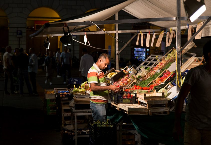 Fabian Fröhlich, Padova, Market at Piazza delle Erbe