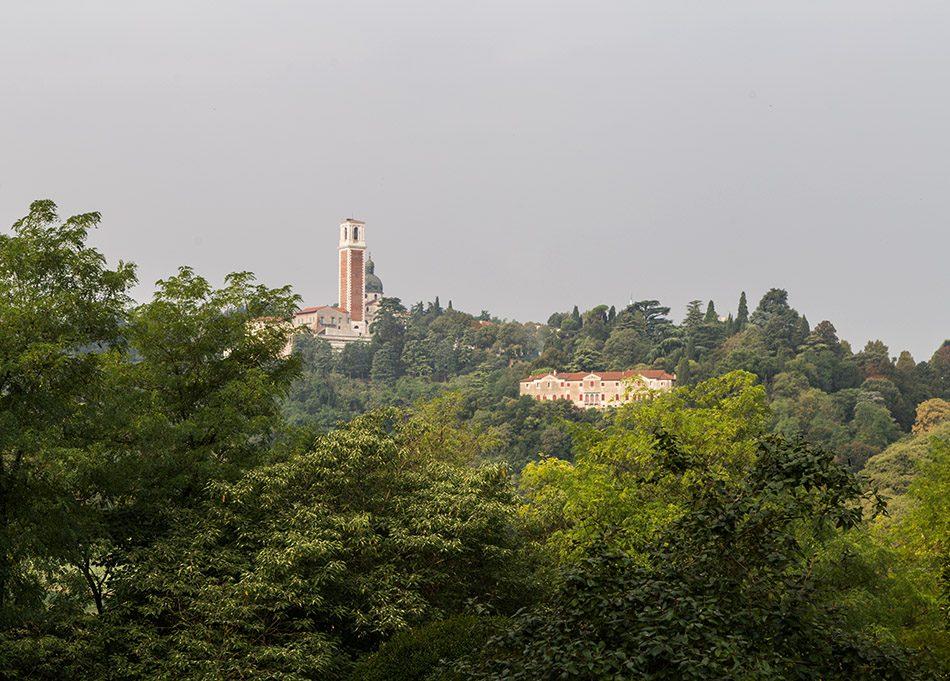 Fabian Fröhlich, Vicenza, View from Villa Valmarana ai Nani to Santuario della Madonna di Monte Berico