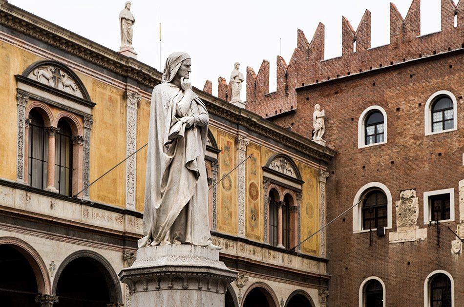 Fabian Fröhlich, Verona, Statue of Dante at Piazza dei Signori