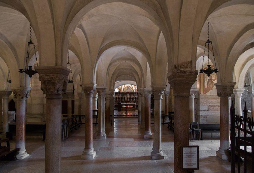 Fabian Fröhlich, Verona, Basilica di San Zeno Maggiore, Crypt