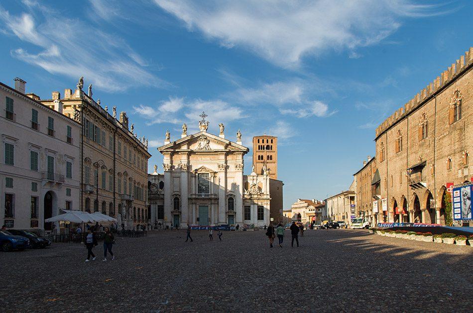 Fabian Fröhlich, Mantova, Piazza Sordello