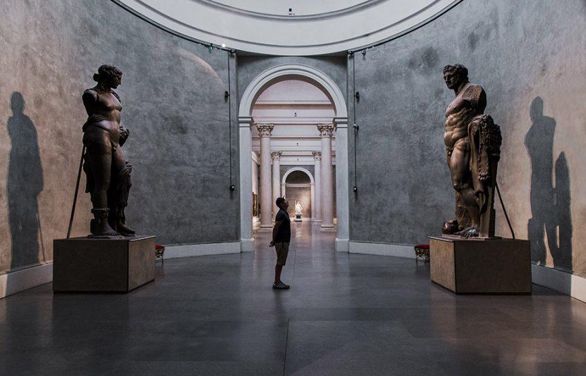 Fabian Fröhlich, Galleria Nazionale di Parma, Palazzo dell Pilotta, Sala Ovale with colossal Roman statues of Bacchus and Hercules