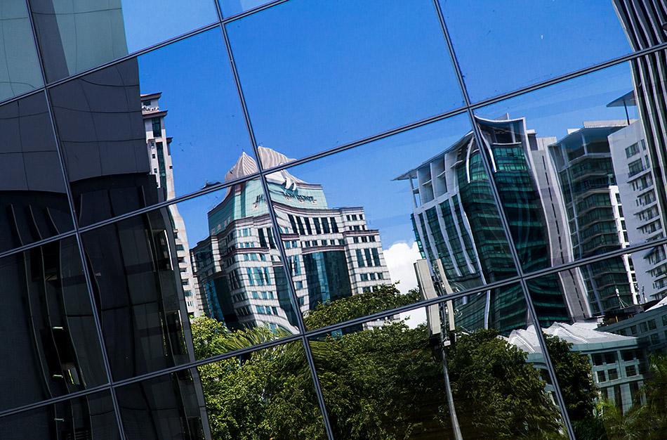 Fröhlich, Kuala Lumpur, Ilham Tower
