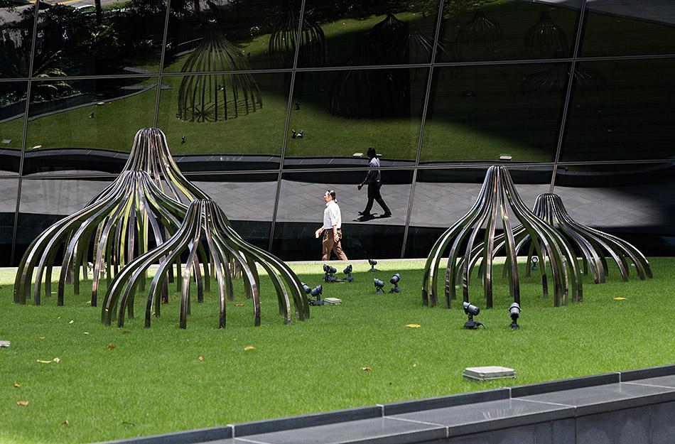 Fabian Fröhlich, Kuala Lumpur, Ilham Tower, Pinaree Sanpitak, Breast Stupa Topiary