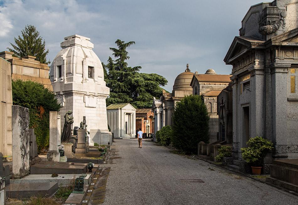Fabian Fröhlich, Cimitero Monumentale Milano, path