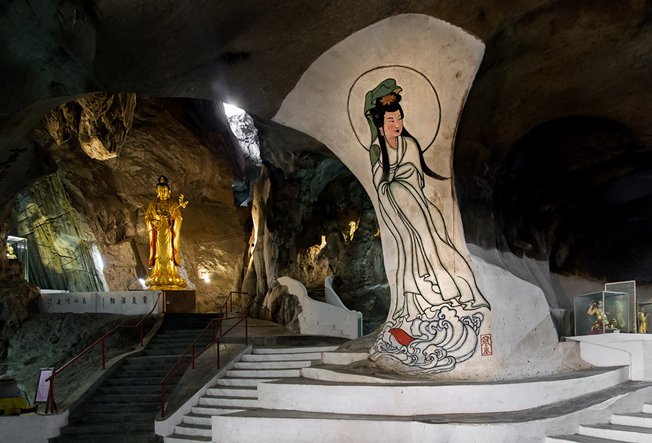 Fabian Fröhlich, Ipoh, Perak Tong Cave Temple