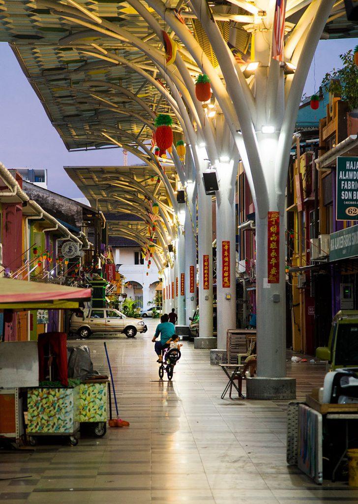 Fabian Fröhlich, Malaysia, Kuching, India Street