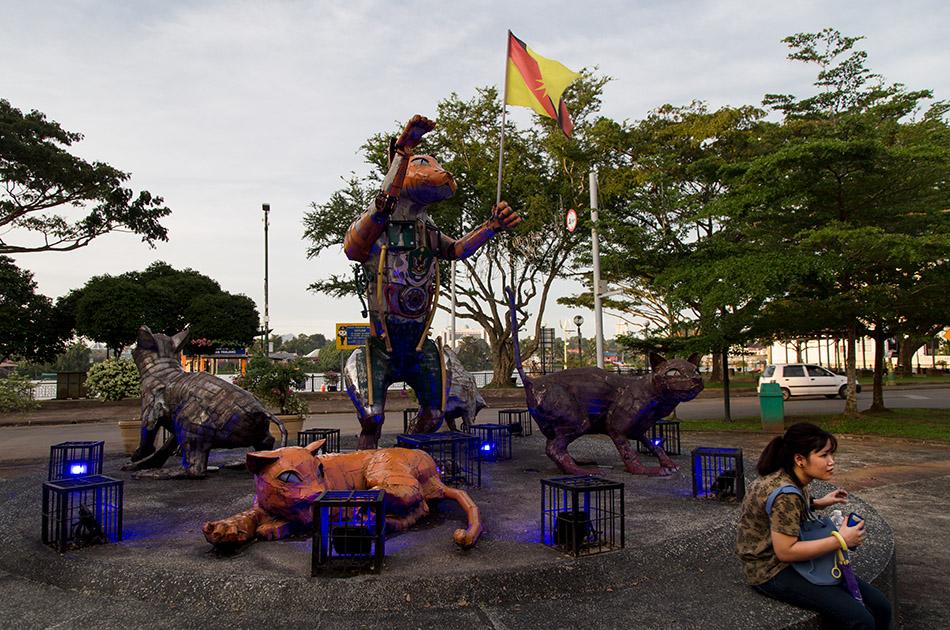 Fabian Fröhlich, Malaysia, Kuching, cat monument, Jalan Market