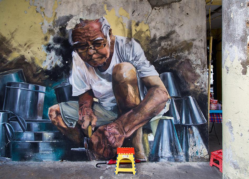 Fabian Fröhlich, Malaysia, Kuching, Lebuh China, Mural by Leonard Siaw