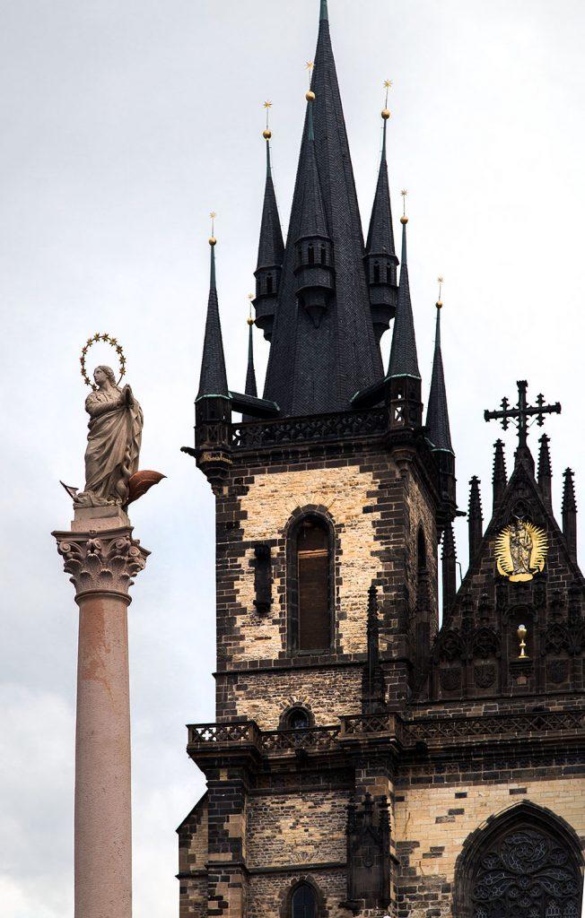 Fabian Fröhlich, Altstädter Ring, Mariensäule und Teynkirche