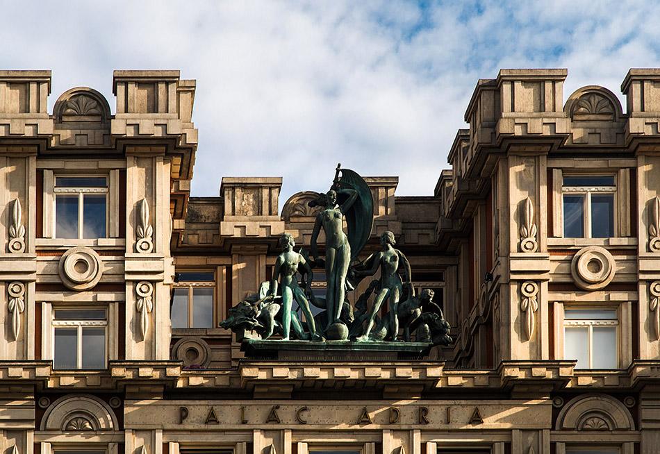 Fabian Fröhlich, Prag, Palais Adria