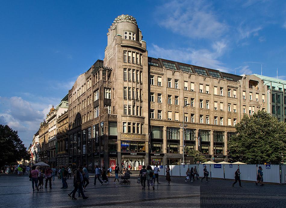 Fabian Fröhlich, Prag, Nové Město, Wenzelsplatz, Palais Koruna