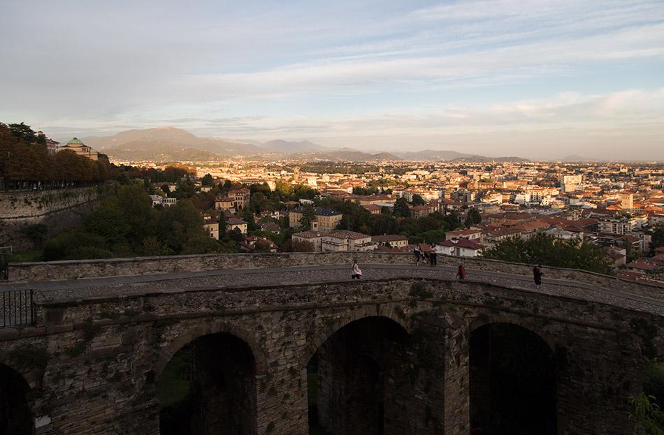 Fabian Fröhlich, Bergamo, Città Alta,View from Plattaforma di Sant'Andreato to Voa Sant'Alessandro