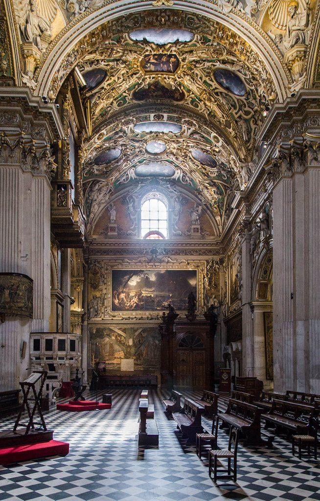 Fabian Fröhlich, Bergamo, Città Alta, Basilica di Santa Maria Maggiore, transept with Zje Deluge by Pietro Liberi