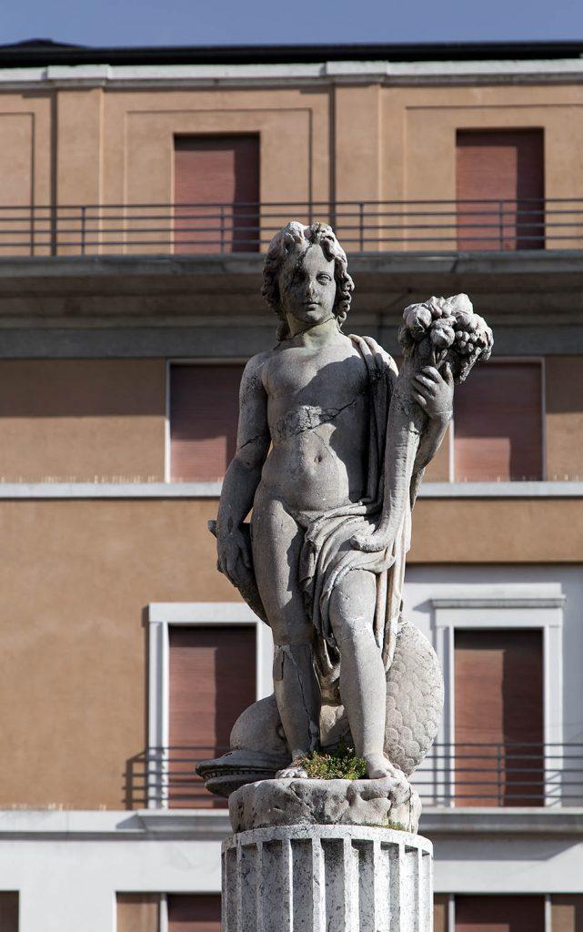 Fabian Fröhlich, Brescia, Piazza del Mercato, Fontana dell'Abbondanza